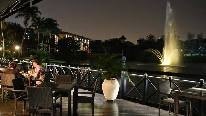 Samira-by-Asian-Terrace 10 Tempat Makan Romantik Di Kuala Lumpur