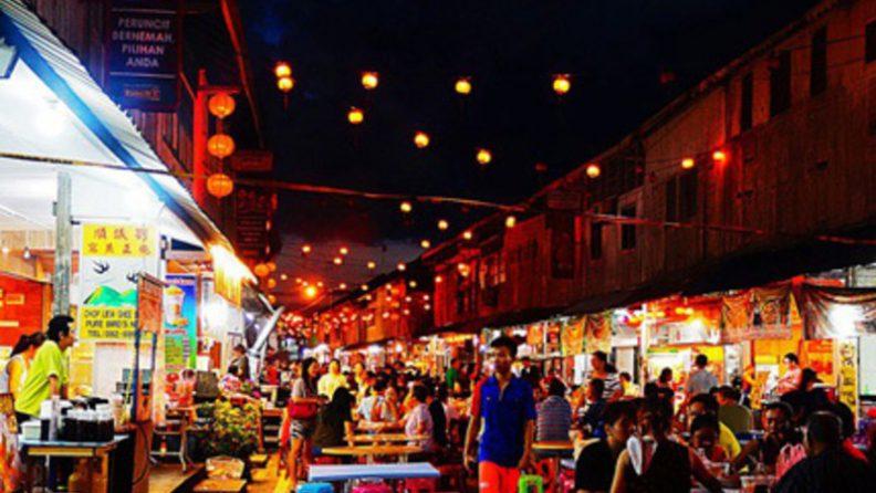 Pasar Malam Siniawan